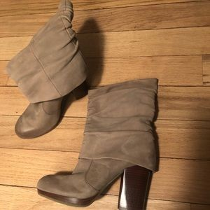 Vince Camino boots size 5